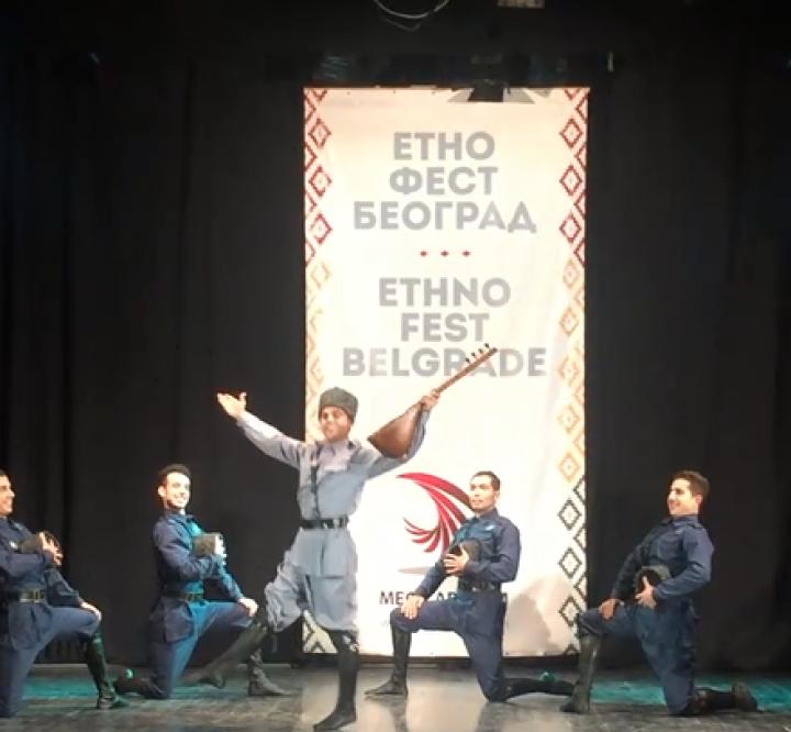 رقص زیبای آذربایجانی آشیقلار از گروه سوین