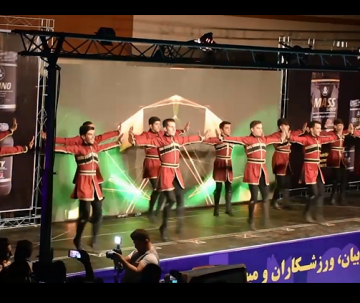 اجرای رقص زیبای تبریز از گروه سوین در افتتاحیه مسابقات پرورش اندام انتخابی تیم ملی